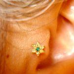 Tragus_piercing_flower
