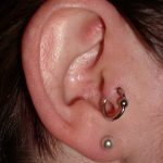 tragus-piercing-with-ball-closure-ring