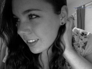 tragus-piercing-with-labret-stud