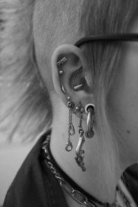 helix-piercing-punk