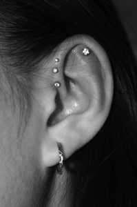 jewelled-helix-piercing