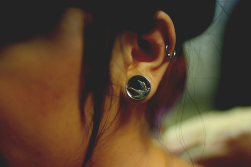 swallow-helix-piercing